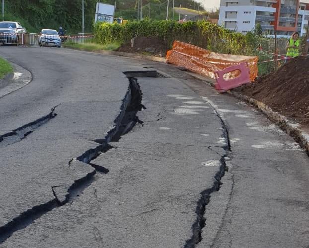 Affaissement de la route d'Acajou : une zone sous étroite surveillance