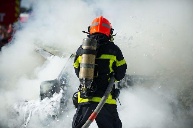 Un feu dans un bâtiment de Basse-Terre la nuit dernière