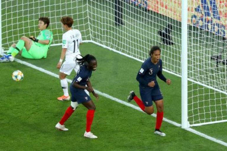 Coupe du monde féminine de football : l'équipe de France affrontera le Brésil