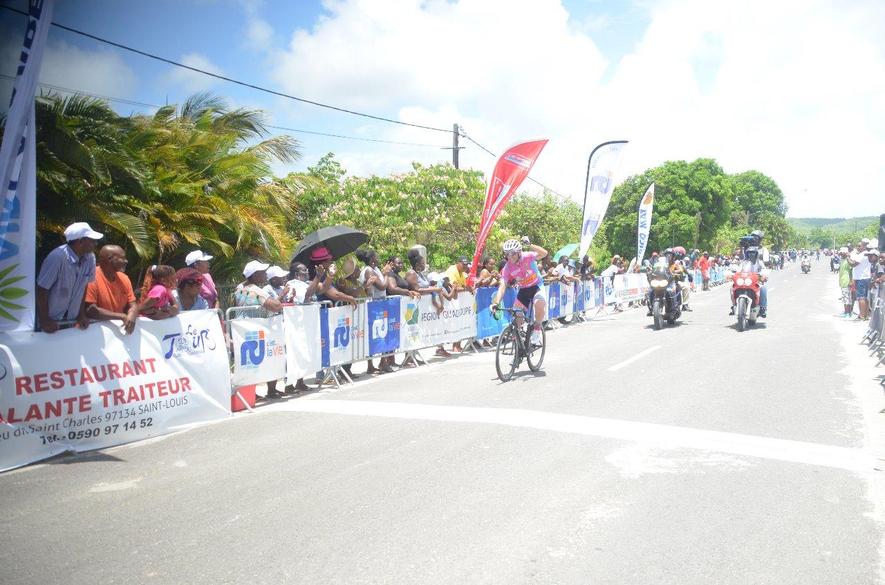 Tour de Marie-Galante, 4ème étape : Gaetan BILL encore vainqueur