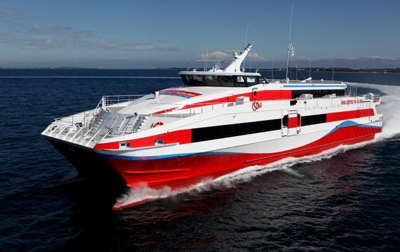 Mer dangereuse : l'Express des Îles suspend ses rotations internationales