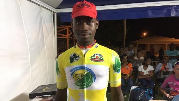 Larry Lutin conserve son maillot jaune au Tour de Guyane