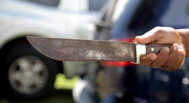 Un homme sérieusement blessé à coups de sabre à Baie-Mahault