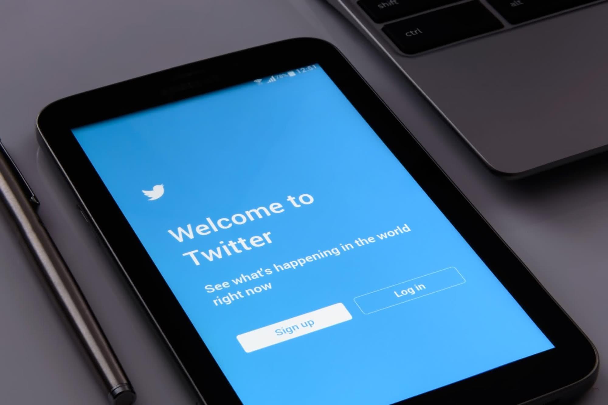 Twitter prend des mesures contre les auteurs de propos racistes