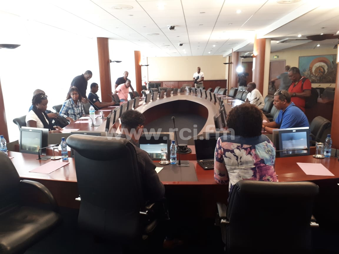 4ème négociation entre les syndicats de la CFTU et Martinique Transport