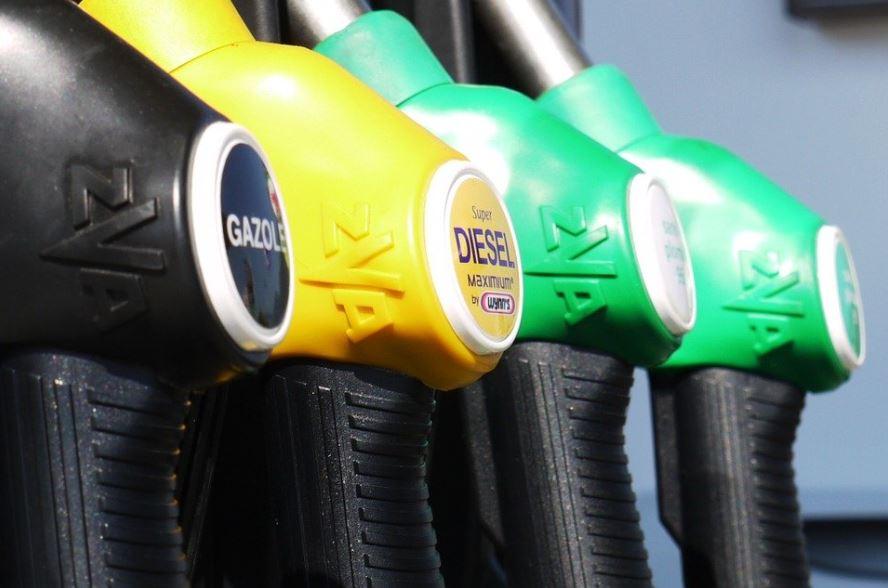 Baisse du prix de l'essence à compter du 1er février