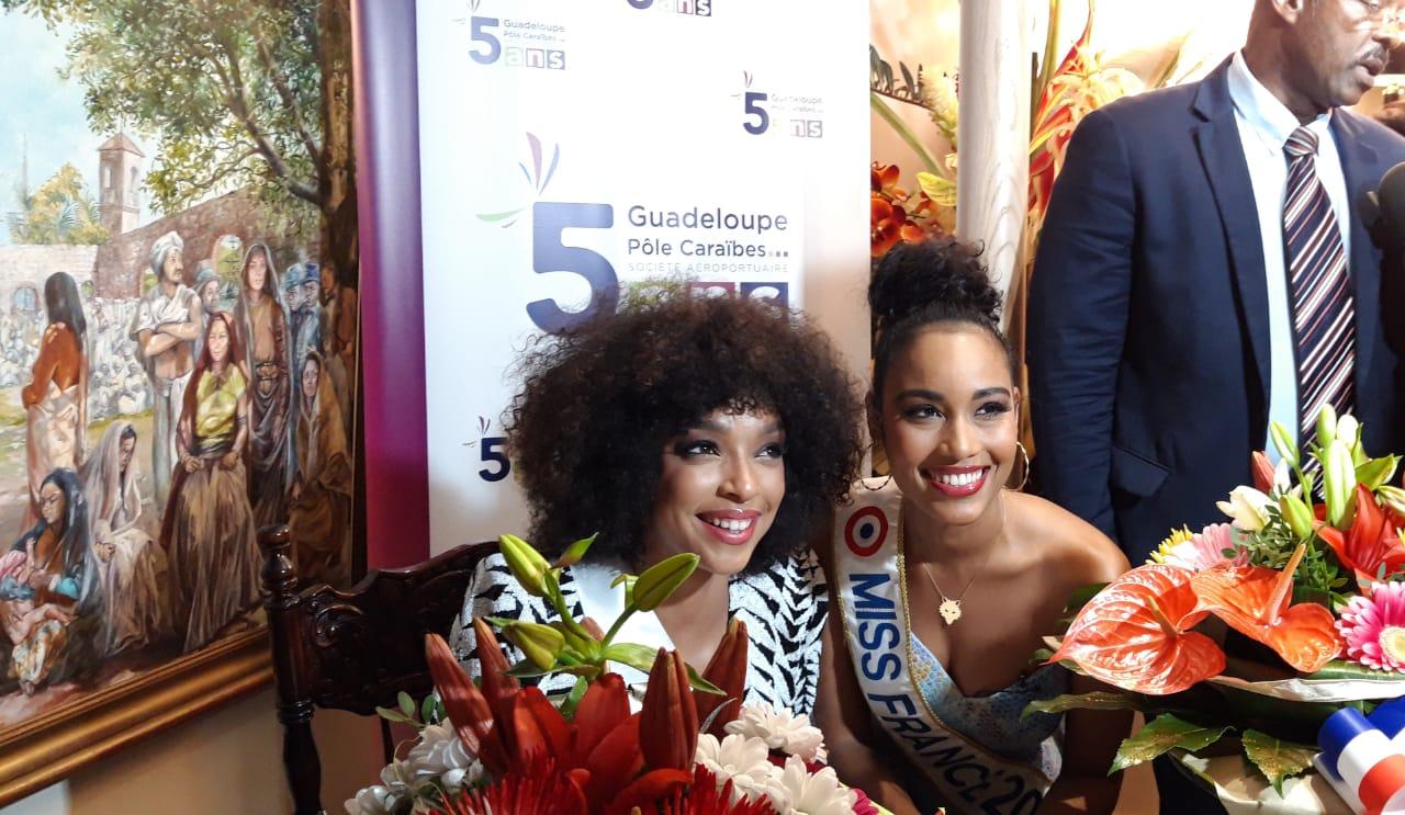 La Guadeloupe célèbre l'arrivée de Clémence Botino et Ophély Mézino