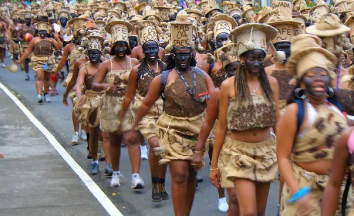 Carnaval de dimanche : deux interpellations et 396 véhicules flashés