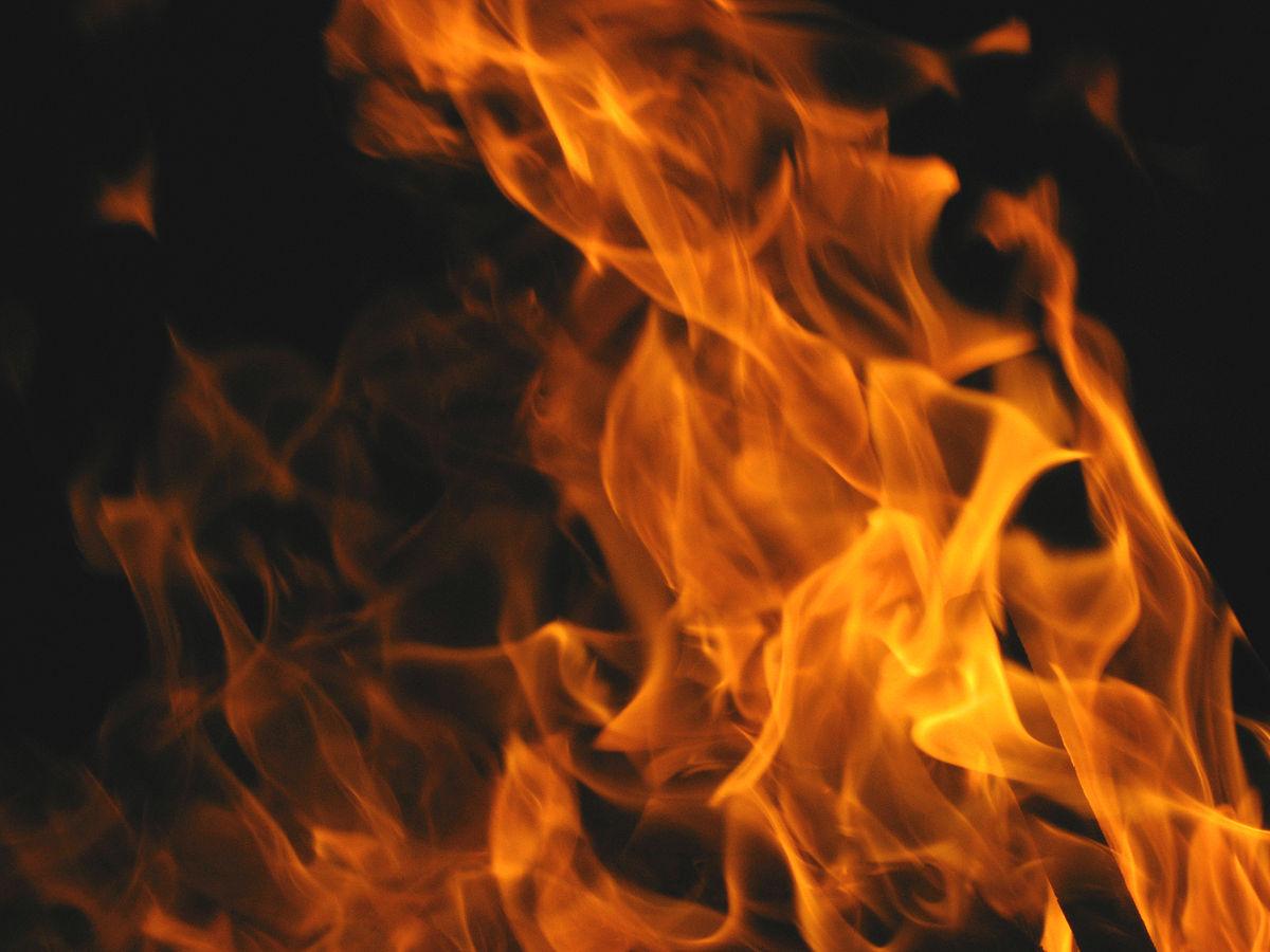 Un important feu de détritus s'est déclaré au Robert