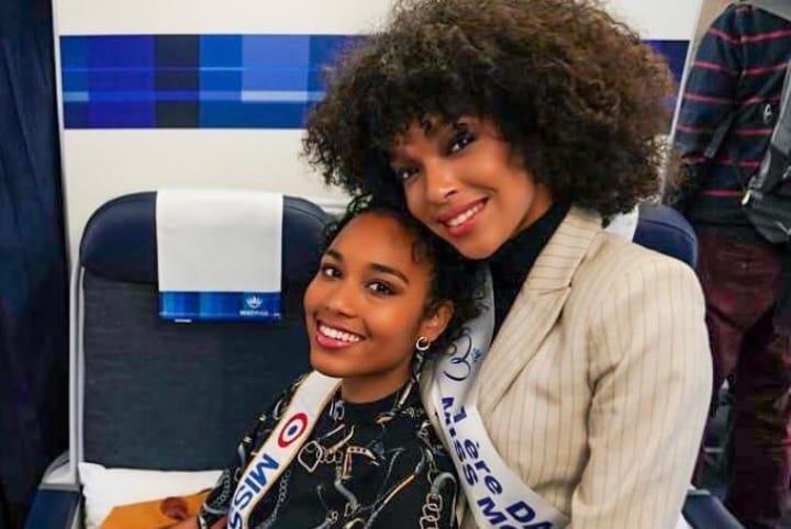 Clémence Botino et Ophély Mézino veulent célébrer leurs titres avec les guadeloupéens