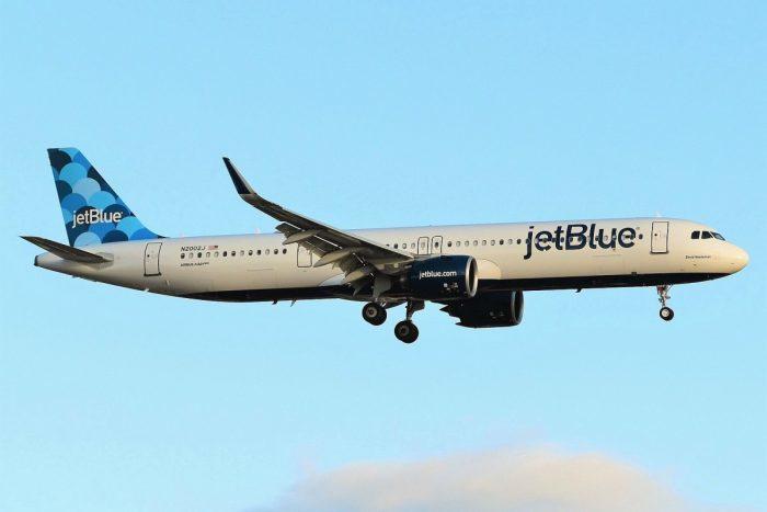 Premier vol inaugural de Jet Blue entre New-York et Pointe-à-Pitre
