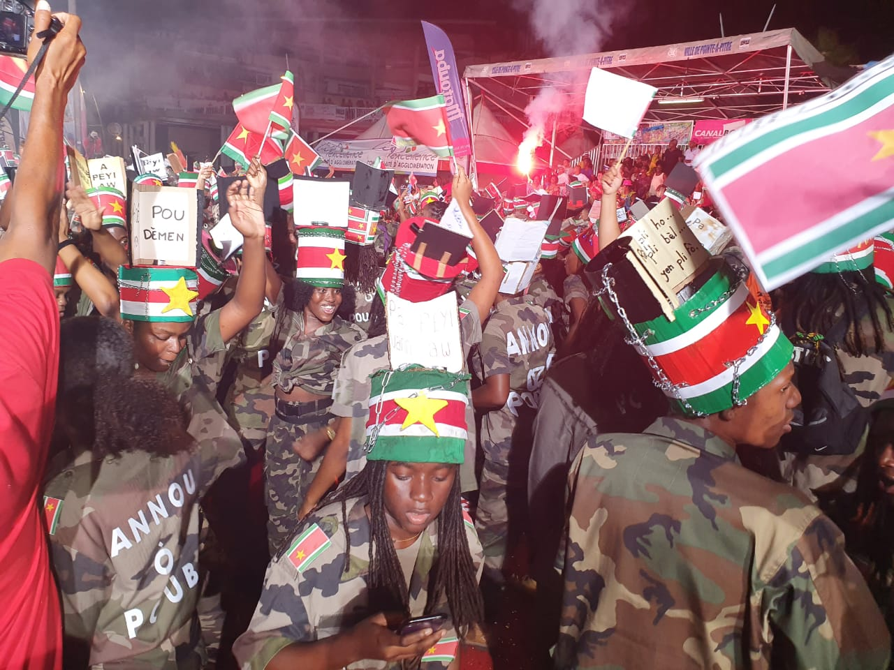 Basse-Terre  accueille la parade du Mardi Gras