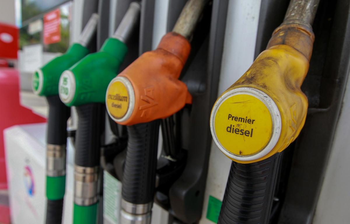 Les prix du carburant continuent leur envolée pour le mois de mars