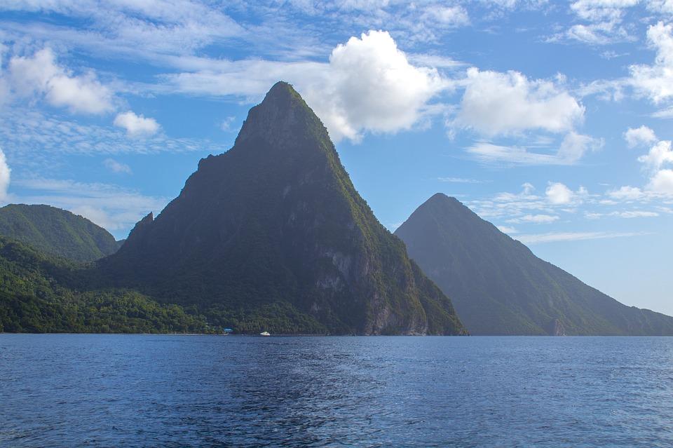Sainte Lucie met en place des restrictions pour les voyageurs
