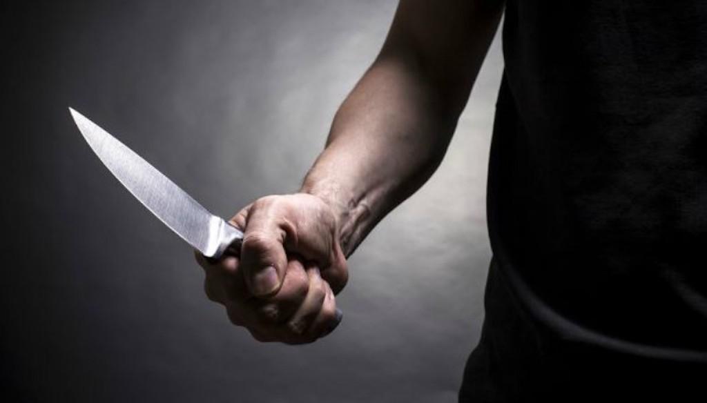 Un homme de 51 ans blessé au tibia et à la main droite