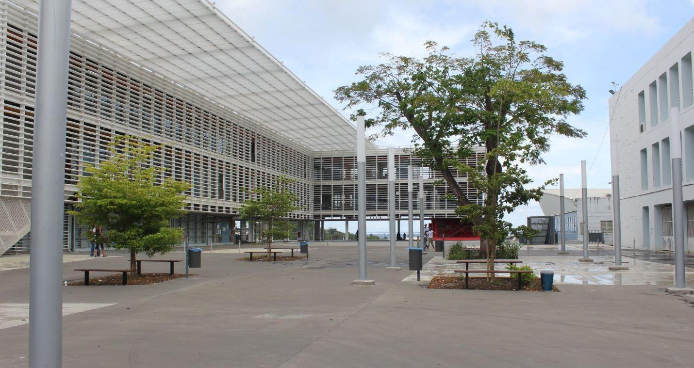 Le président de l'Université des Antilles réagit