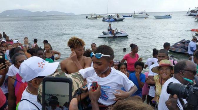 Christophe Maleau s'apprête à traverser le canal de Sainte-Lucie à la nage