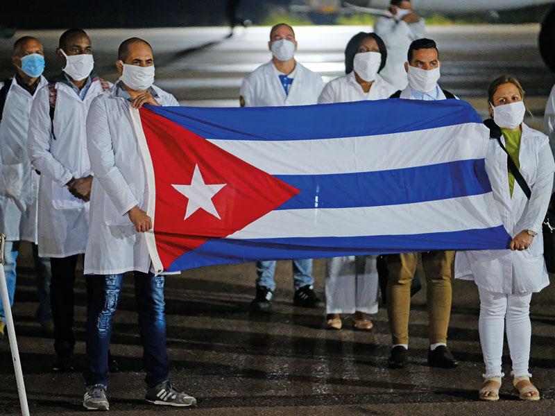 Cuba : le vaccin Soberana 2 administré aux soignants