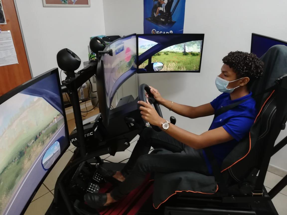 """Un simulateur de conduite """"Codes Rousseau"""" en Martinique"""