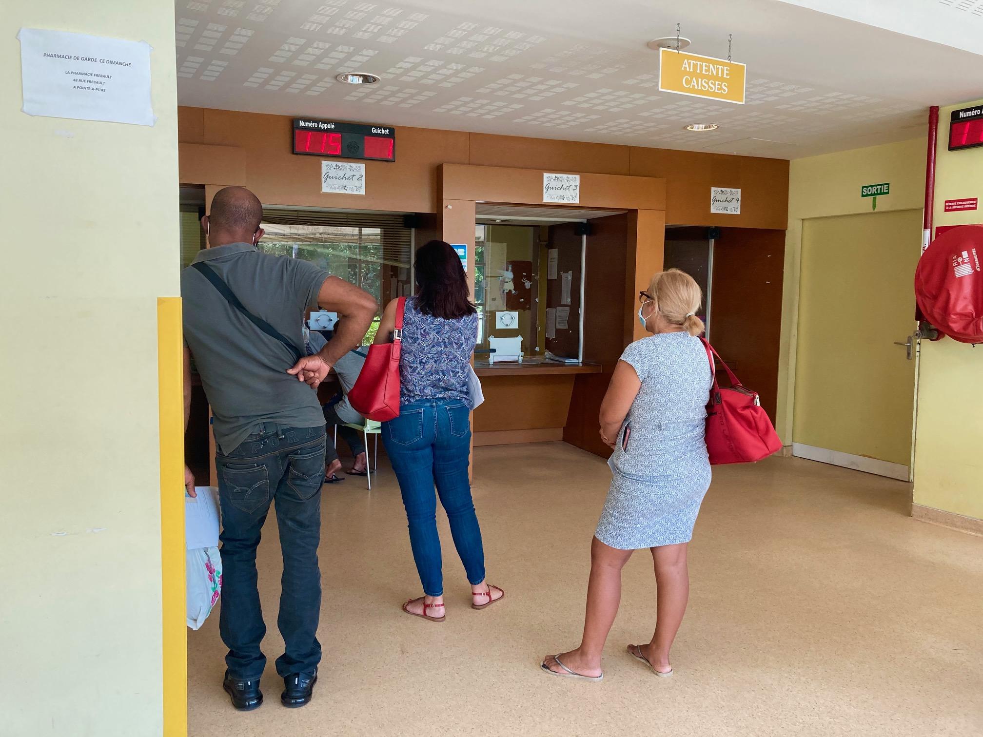 La vaccination s'accélère au CHU de la Guadeloupe