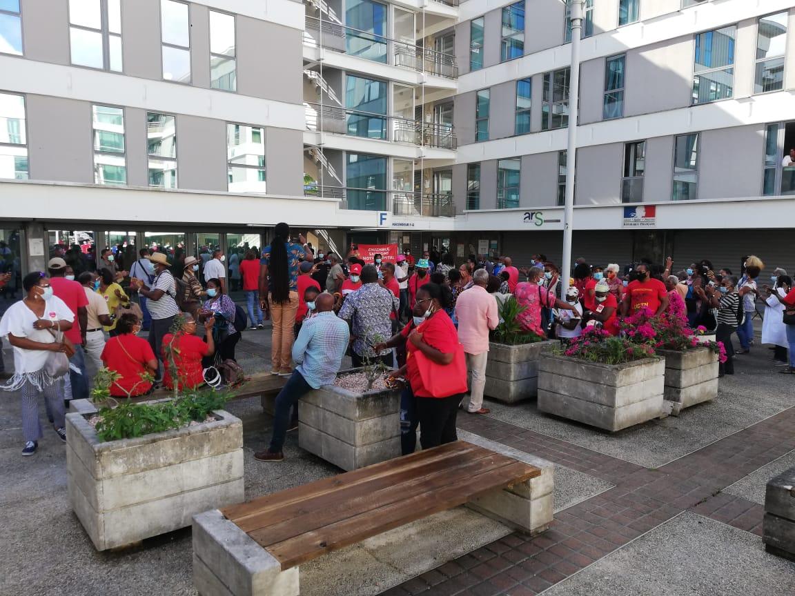 La population du Nord Atlantique se mobilise pour la sauvegarde et la reconstruction de l'hôpital de Trinité