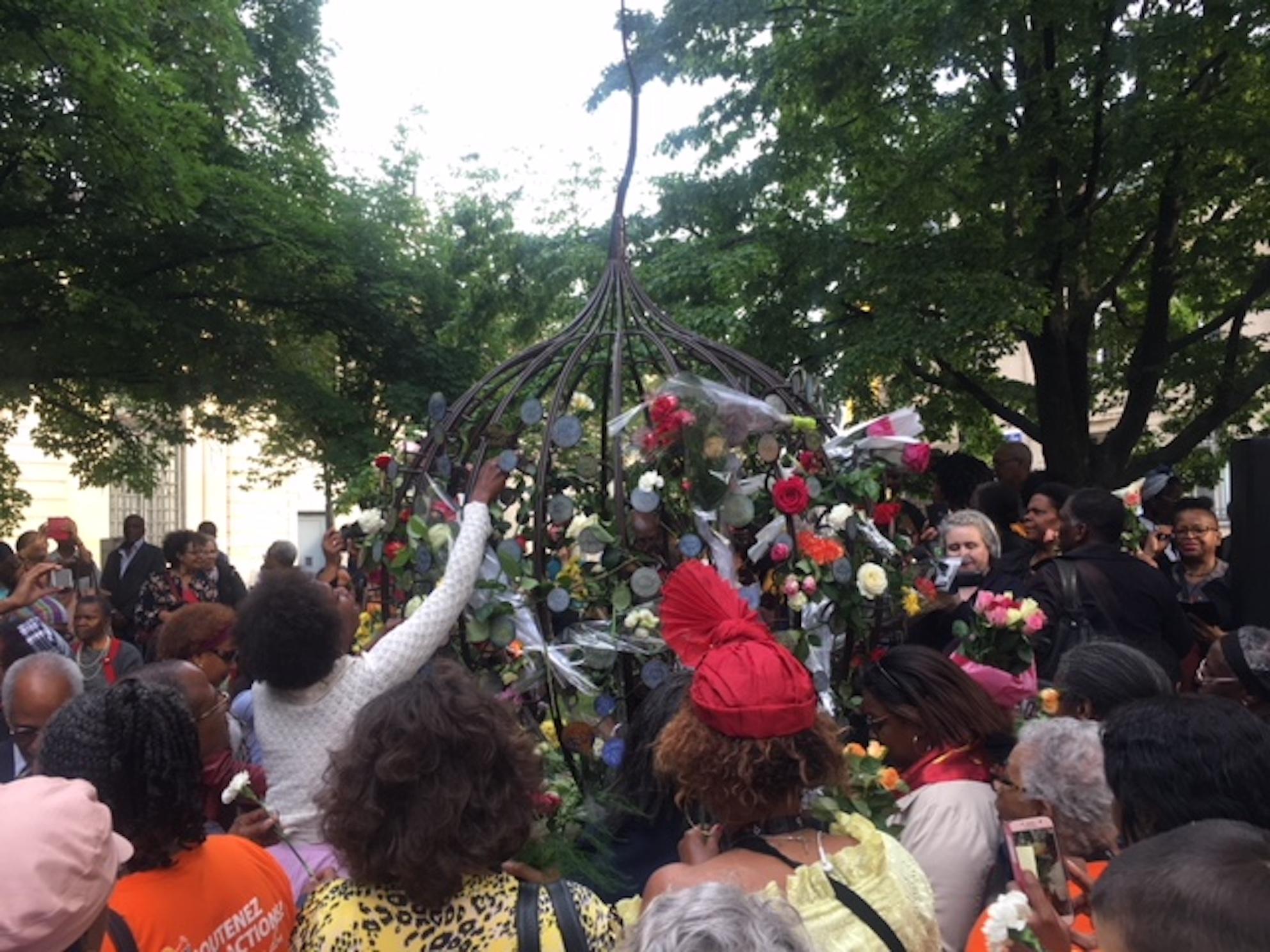 """[AUDIO] """"Le Mémorial des Tuileries en hommage aux victimes de l'esclavage colonial sera avec leurs noms ou ne sera pas"""""""