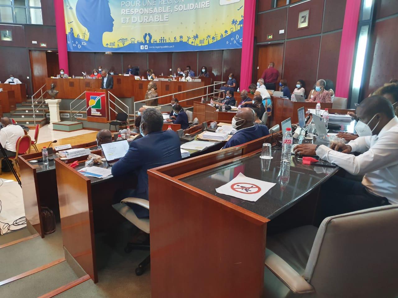 Retour sur la plénière sous tensions du Conseil régional