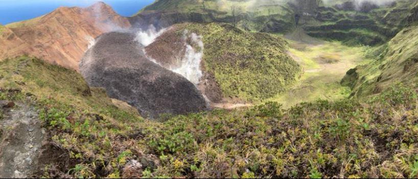 Le gouvernement envisage fortement d'évacuer la population vivant autour de la Soufrière de Saint-Vincent