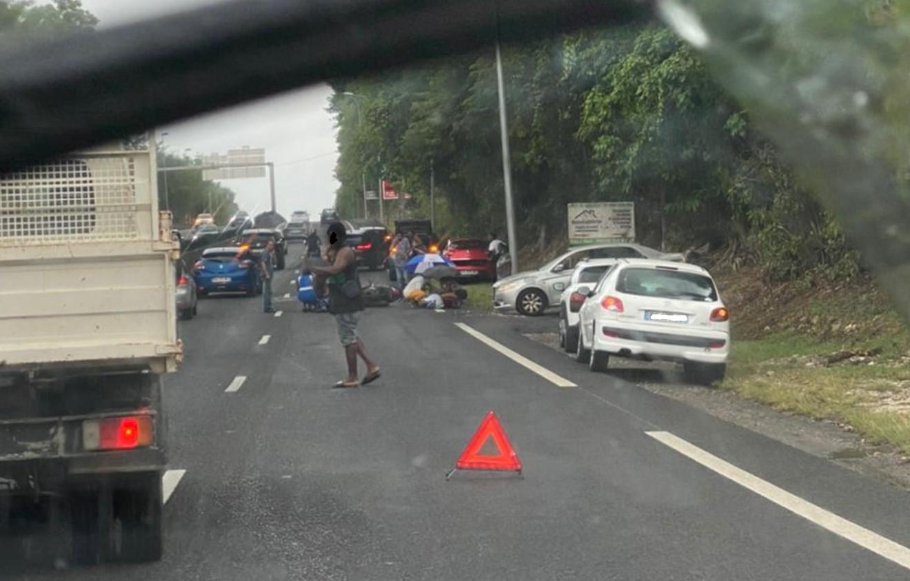 Accident sur la Rocade : un sexagénaire et un enfant blessés