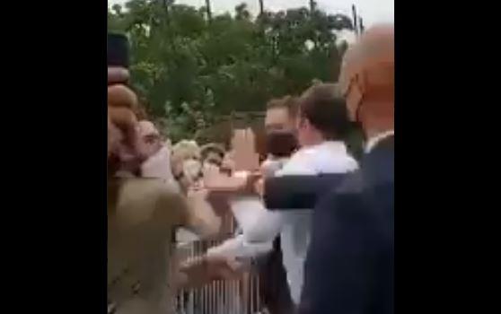 Emmanuel Macron giflé : deux personnes interpellées
