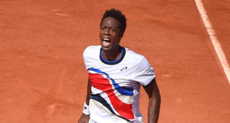 Roland Garros : Gael Monfils retrouve le sourire, Océane Babel éliminée
