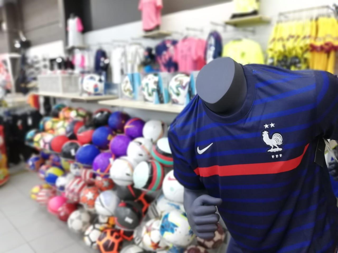 Euro 2021 : les magasins surfent sur la tendance