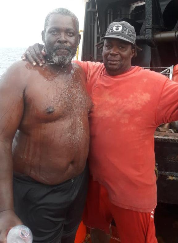 Des pêcheurs Saint-Vincentais secourus par un équipage de Martinique