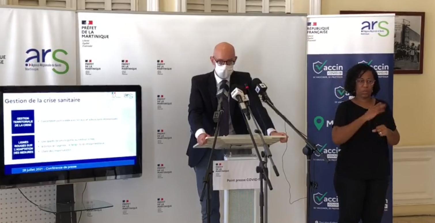 """Le préfet de Martinique réagit aux """"fausses informations"""" circulant sur le vaccin"""