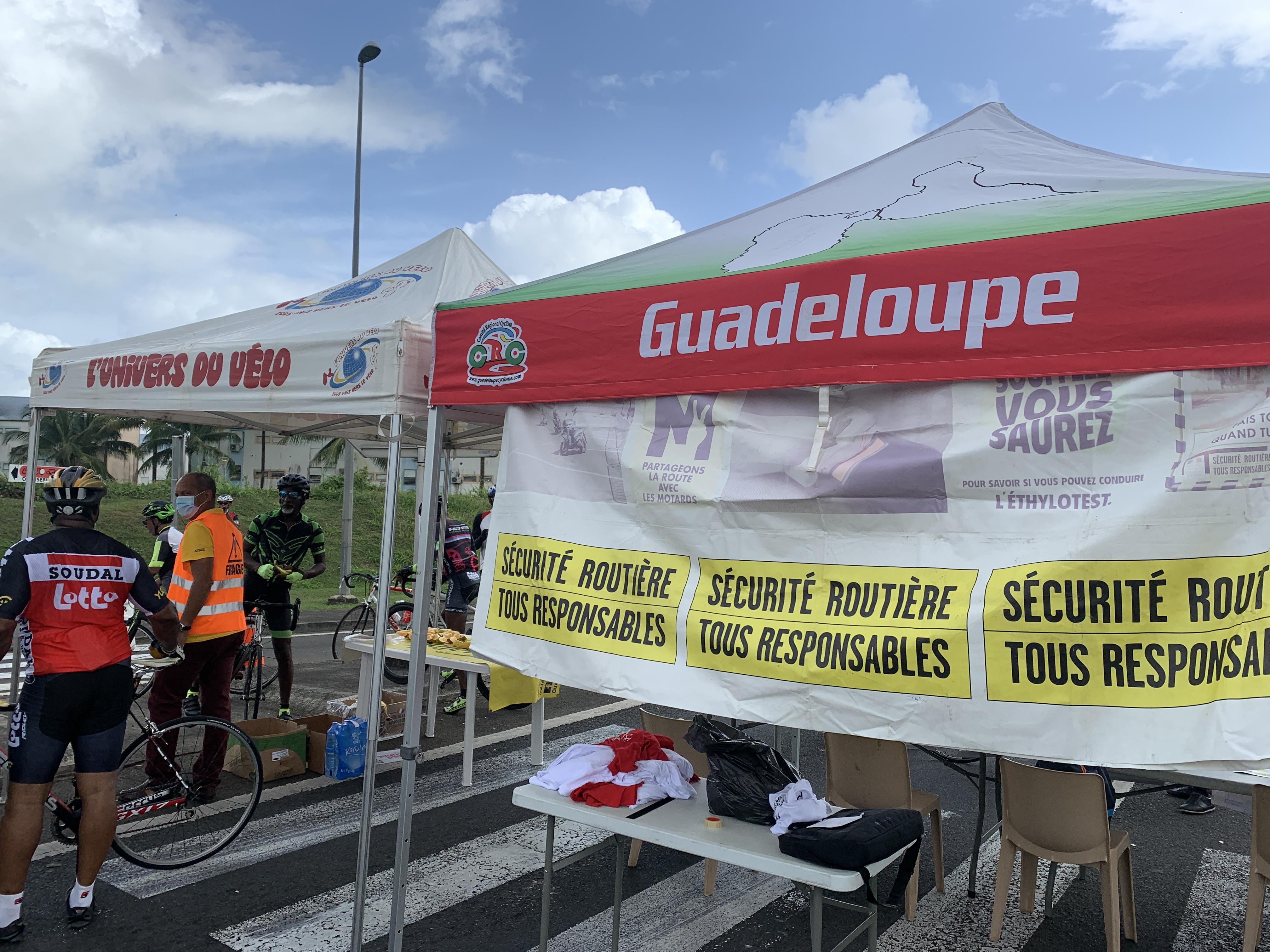 Sécurité routière : opération de sensibilisation aux cyclistes sur la route de l'Alliance