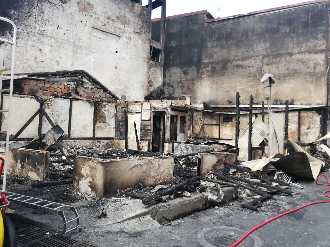 [VIDEO] Affrontements et pillage à Fort-de-France : scènes de dévastation ce matin
