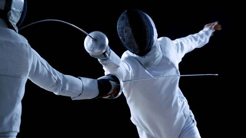 Jeux Olympiques : les escrimeurs en berne, les basketteurs se qualifient