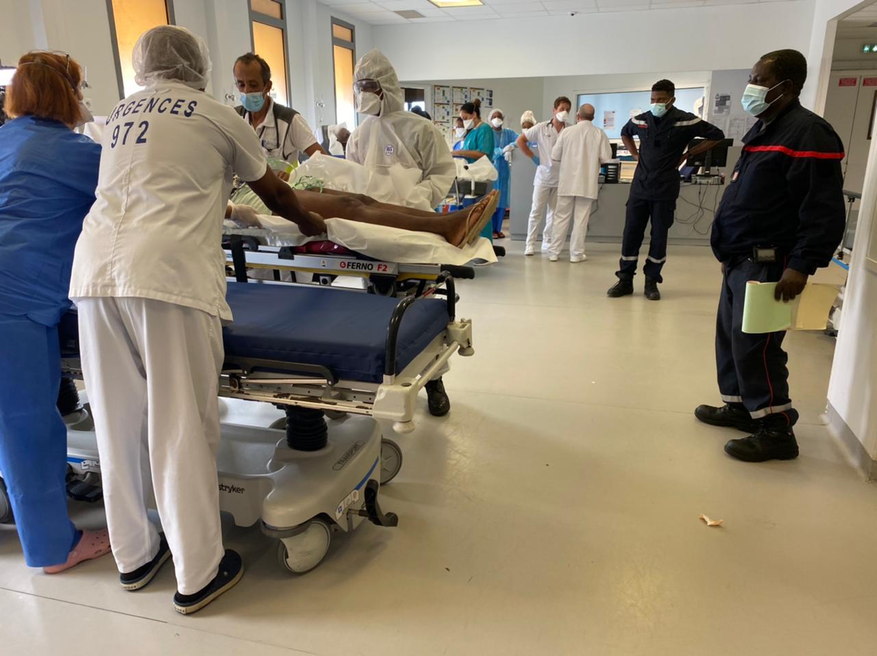 Les médecins surveillent de près le stock d'oxygène du CHUM