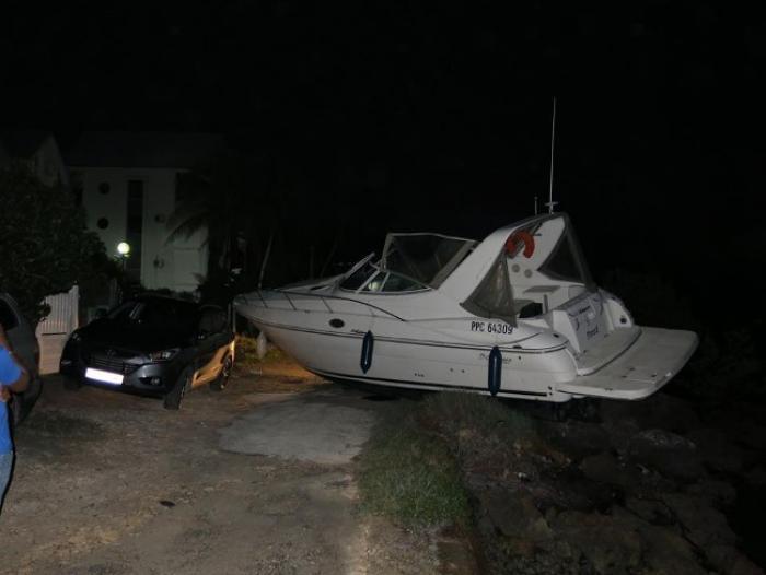 Accident de bateau contre voiture