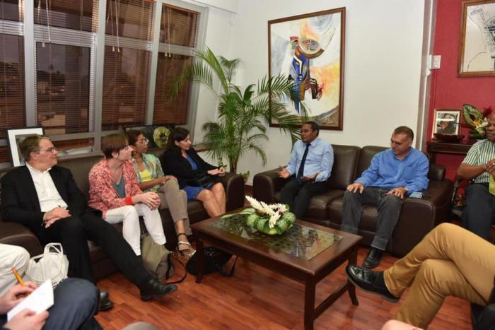Anne Hidalgo est en Martinique