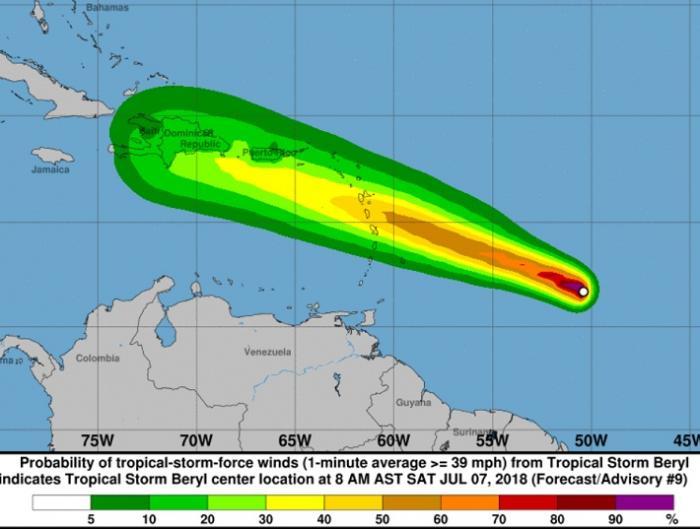 Béryl rétrogradée en tempête tropicale par le NHC