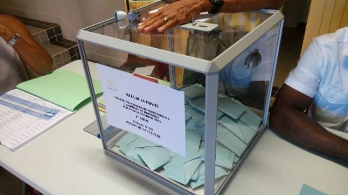 CTM : une mobilisation en demi-teinte dans les bureaux de vote