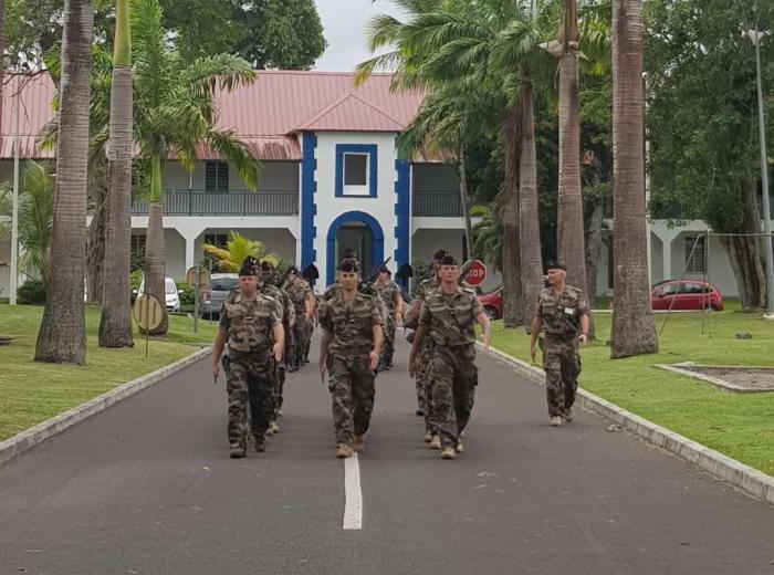 Cyclones Irma et Maria : les forces armées mises à l'honneur lors du prochain défilé