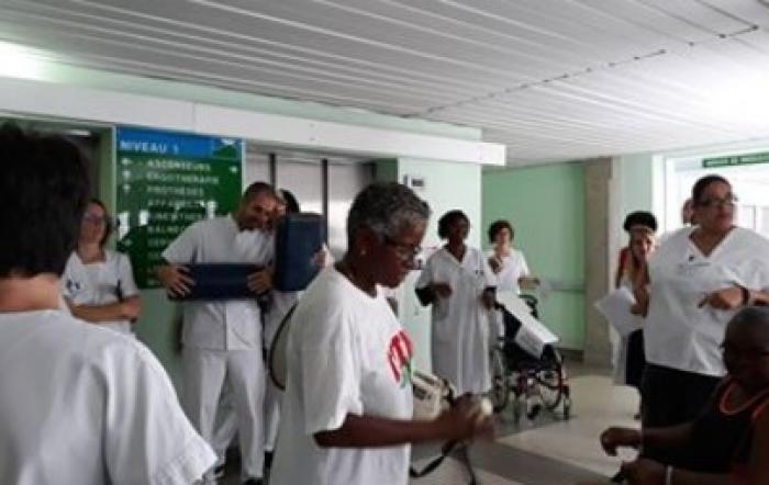 Débrayage d'une partie du personnel de l'hôpital du Carbet