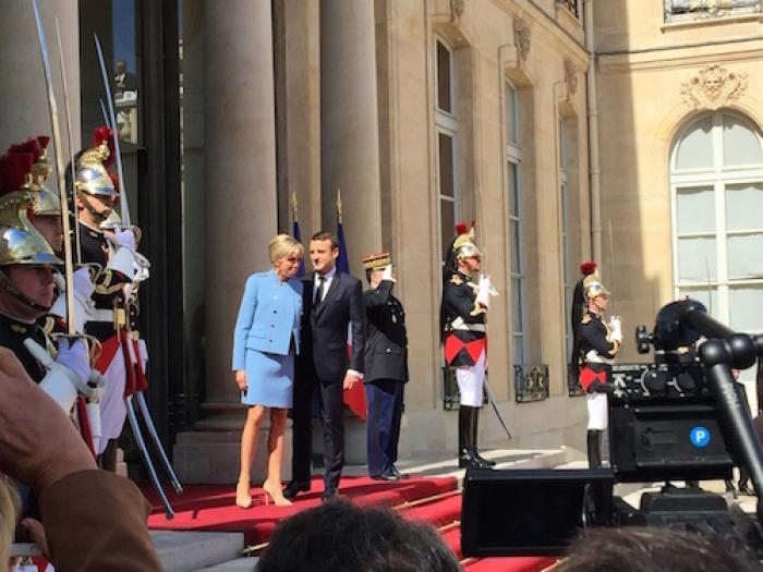 Emmanuel Macron est officiellement investi