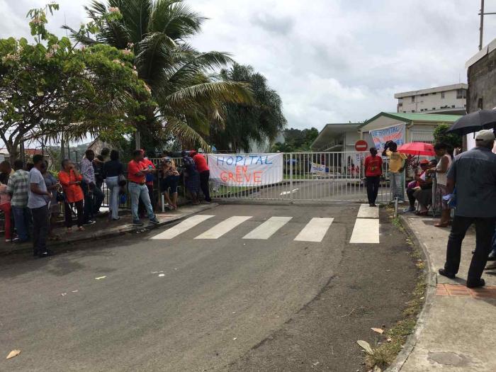 La grève se poursuit à l'hôpital de Trinité
