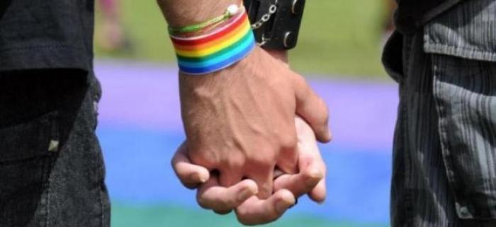 La haine des homosexuels plus marquée en Outremer