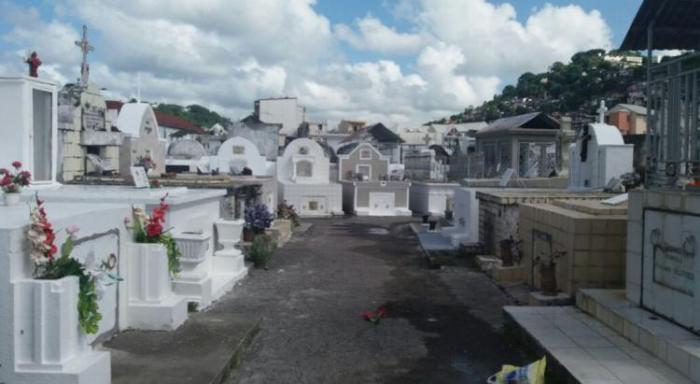 Le casse-tête des communes face à la saturation des cimetières
