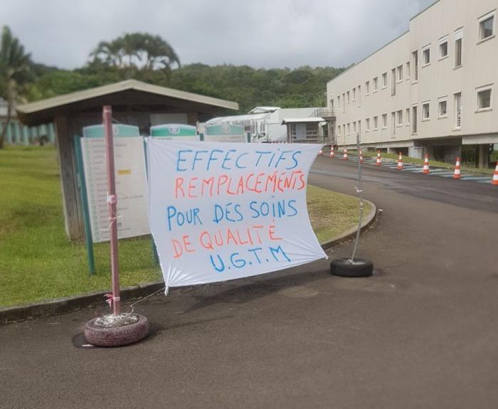 Le personnel du CHU de Trinité en grève