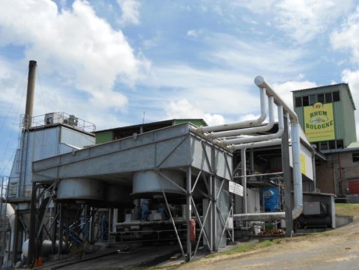 Le syndicat CGTG est mobilisé devant la distillerie de Bologne